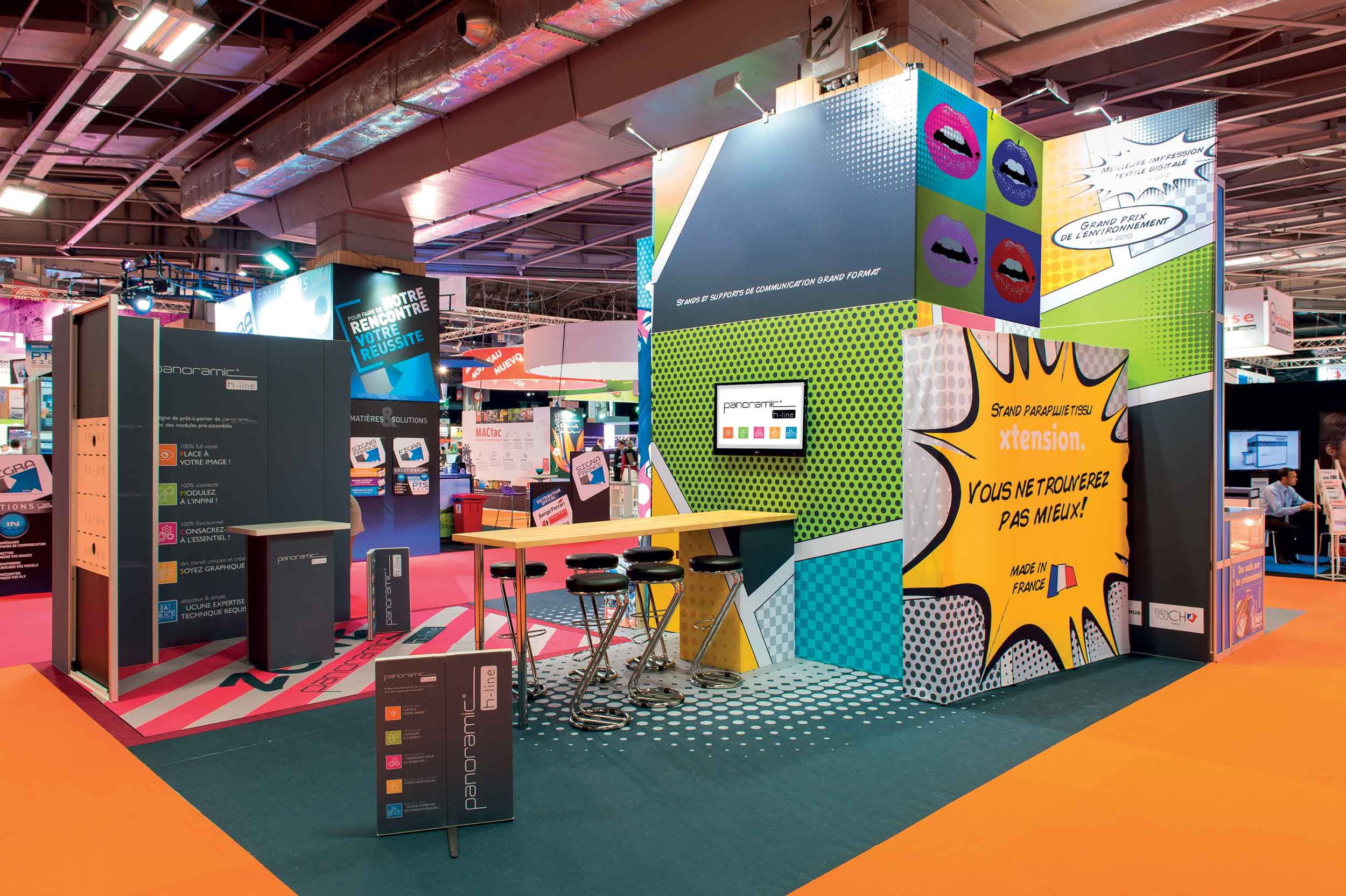 Standz | Trade Show Booth and Retail Space Display
